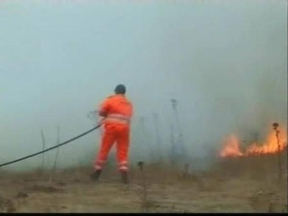 Dos personas han muerto en la isla italiana de Cerdeña cuando luchaban contra un incendio